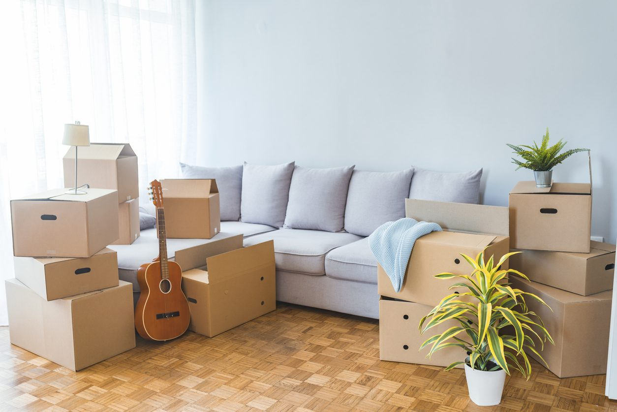 10 Dos and Don'ts for Moving Into Your First Apartment