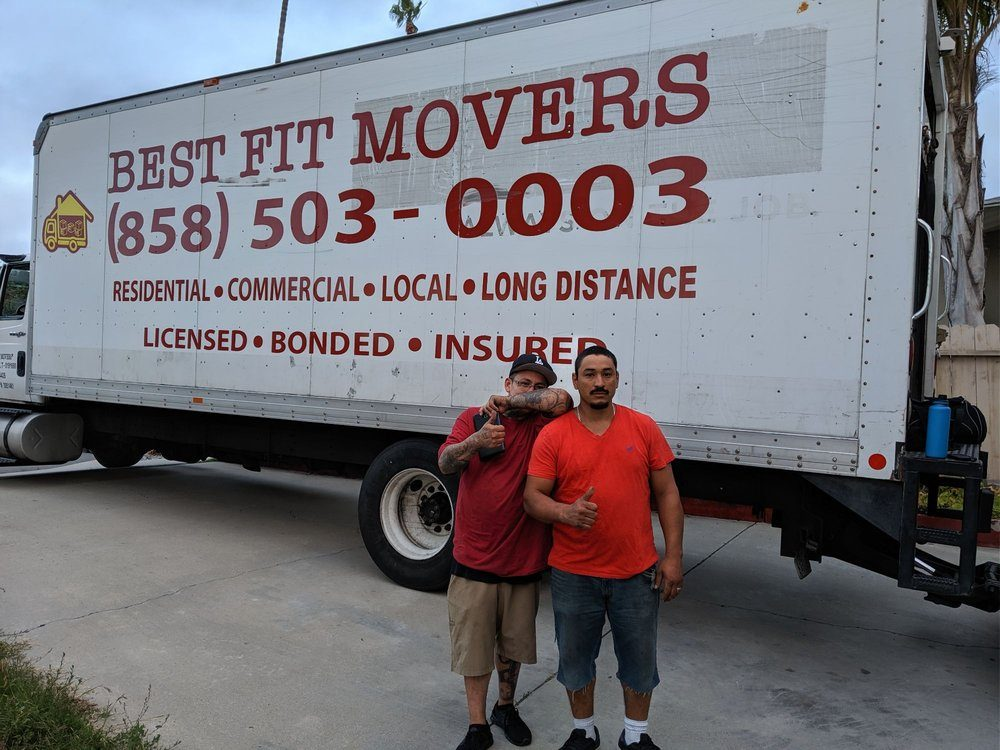interstate movers moving truck